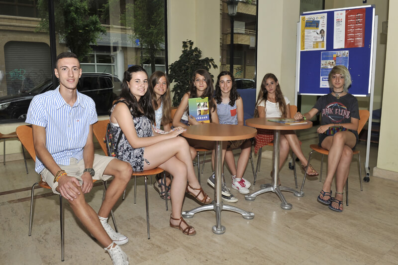 During your Spanish course in Valencia you will learn a new language and meet new people