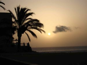 Internship Fuerteventura offers you the view on amazing sunsets every night
