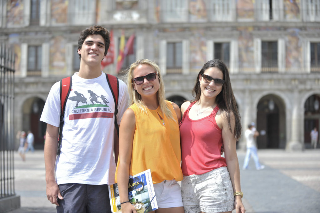 Register for Language course Spanish in a beautiful city